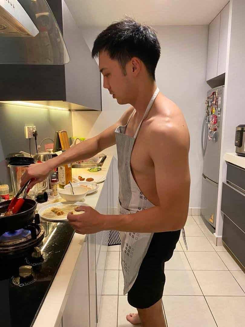 reuben-cooking